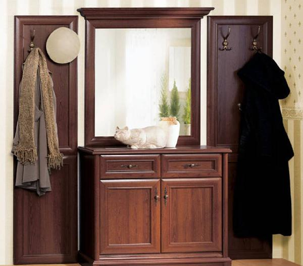Мебель для прихожей в классическом