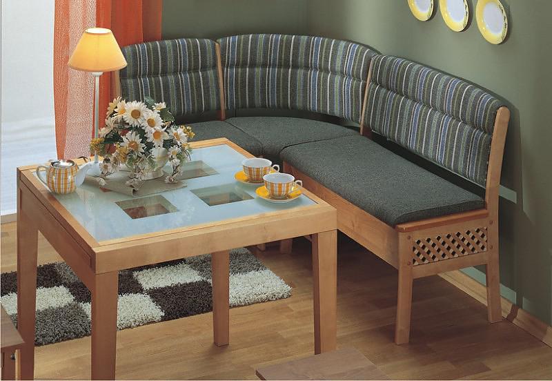 стеклянный стол и кухонный уголок для кухни