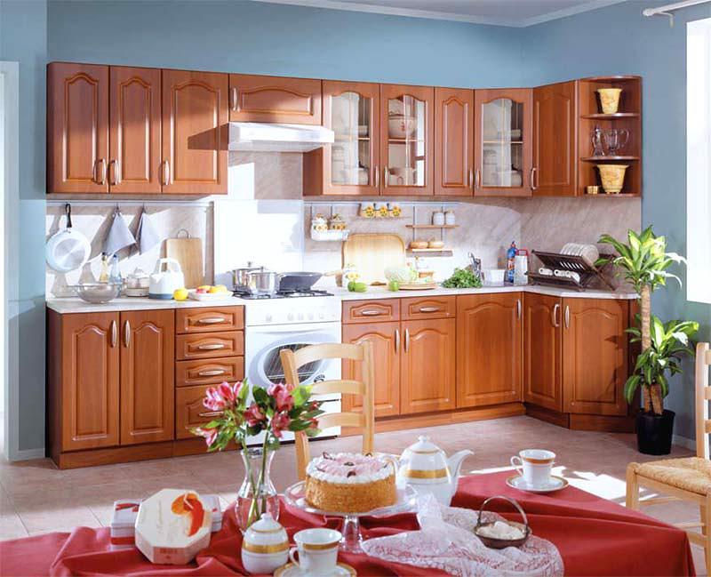Как правильно спланировать кухню: Г-образная кухня (Столплит) с обеденной зоной напротив